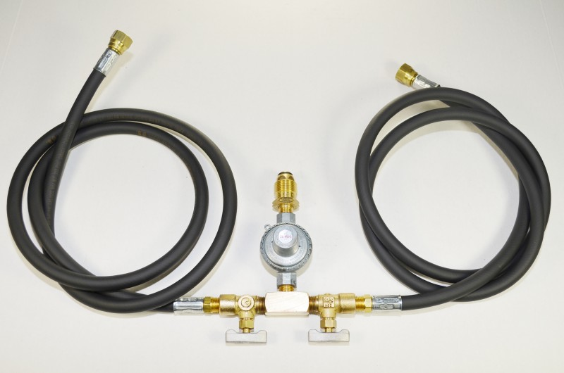20 PSI High Pressure PRESET Gas Regulator with Dual Hose Combination