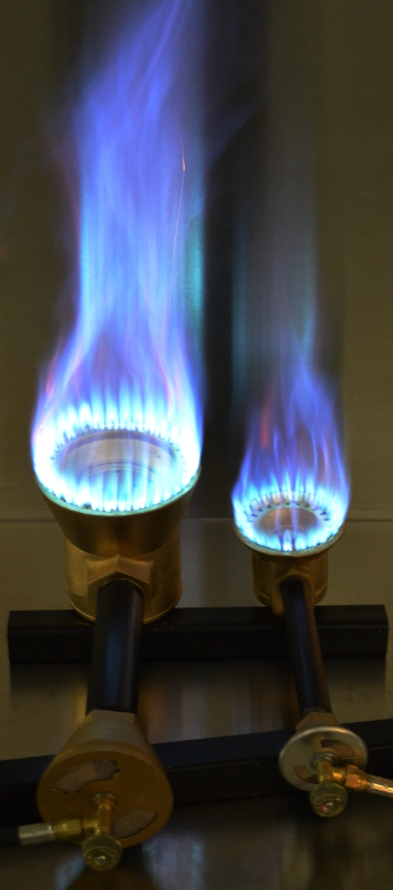 Comparative Flame Outputs Between a 160,000 Btu/hr and 225,000 Btu/hr Burners